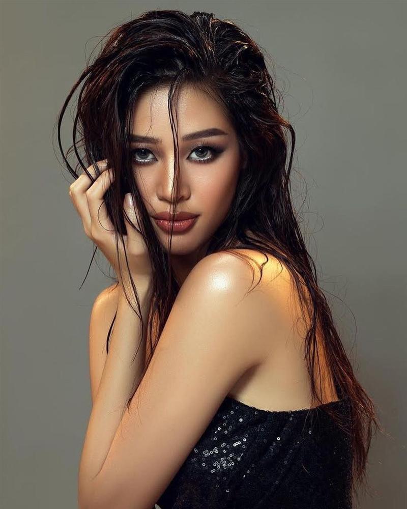 Khánh Vân trả lời cực khéo khi được hỏi: Muốn nắm tay ai nếu lọt top 2 Miss Universe?-2