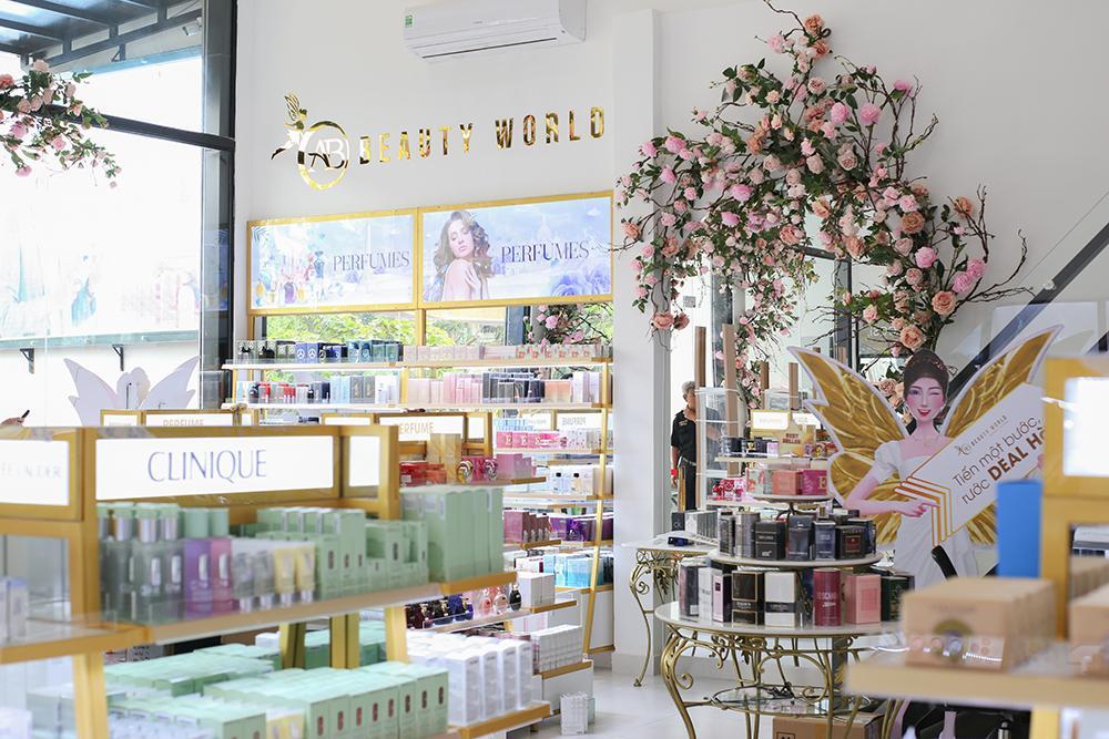 Chuỗi bán lẻ mỹ phẩm AB Beauty World tung 'deal hot' mừng siêu thị thứ 3-2