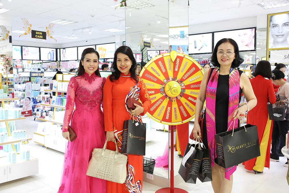 Chuỗi bán lẻ mỹ phẩm AB Beauty World tung 'deal hot' mừng siêu thị thứ 3-4