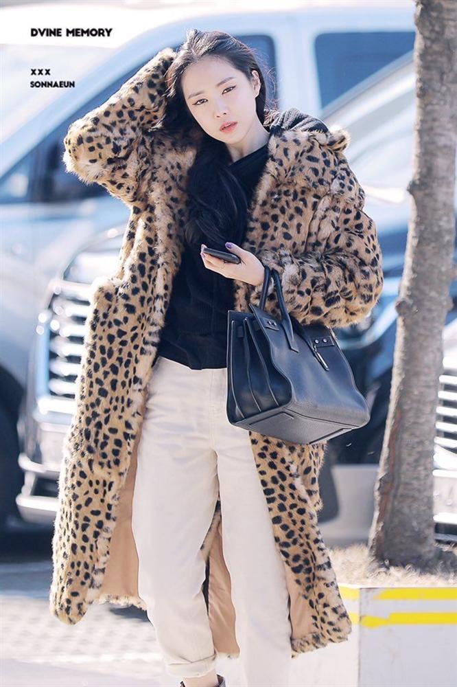 Nữ idol Kpop sở hữu style siêu đỉnh, mặc gì cũng lập tức cháy hàng-7