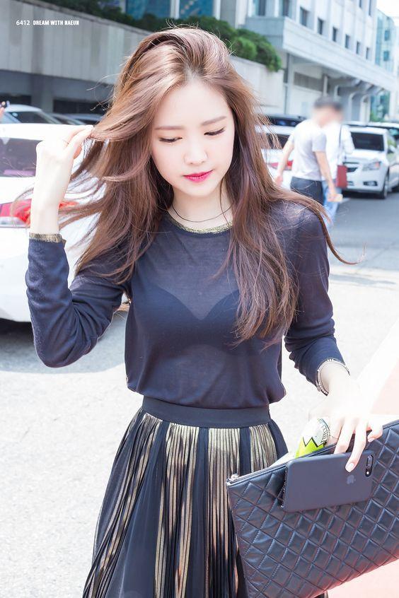 Nữ idol Kpop sở hữu style siêu đỉnh, mặc gì cũng lập tức cháy hàng-11