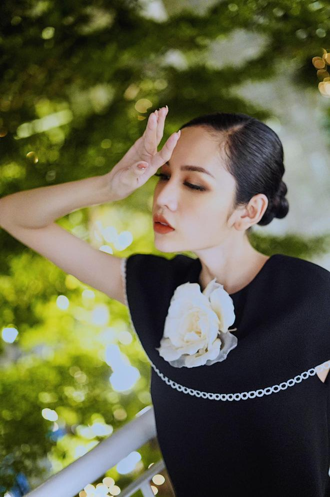 Thí sinh hot nhất Hoa hậu chuyển giới bị đào lại ảnh diện đồ bộ ở quê thời chưa phẫu thuật-2