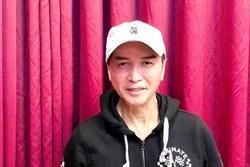 Nguyễn Hưng tuổi 63: 'Tôi tiêm mặt và sống hạnh phúc bên bà xã'