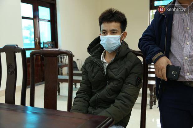 Xét xử vụ bắt cóc bé trai 2 tuổi ở Bắc Ninh: Mẹ mìn khóc nức nở khi bị tuyên án 5 năm tù-6