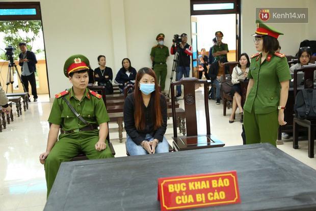 Xét xử vụ bắt cóc bé trai 2 tuổi ở Bắc Ninh: Mẹ mìn khóc nức nở khi bị tuyên án 5 năm tù-7