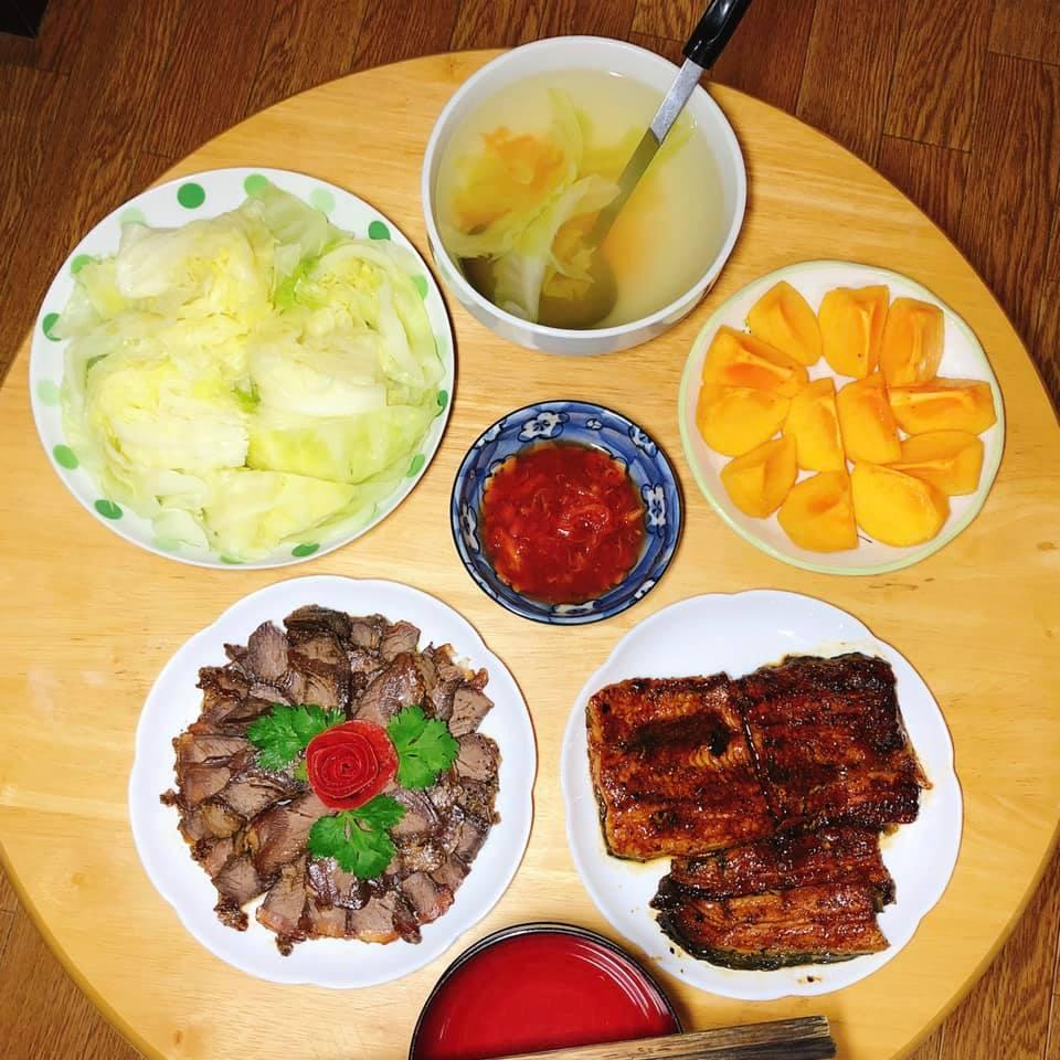 Mâm cơm gia đình ấm cúng, ngon hết nấc đầy món Việt của người vợ 9X tại Nhật Bản-7