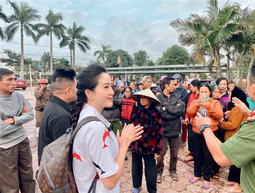 Đại gia Phan Lĩnh lần đầu xuất hiện cùng Bảo Thy sau 1 năm kết hôn-5