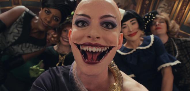 Anne Hathaway đóng phim giật gân về những bà mẹ-2