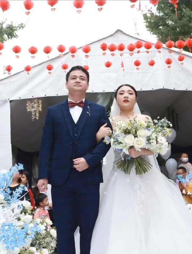 Thuê nhầm tình cũ chụp ảnh cưới, cặp dâu rể hết hồn xem lại dung nhan-5