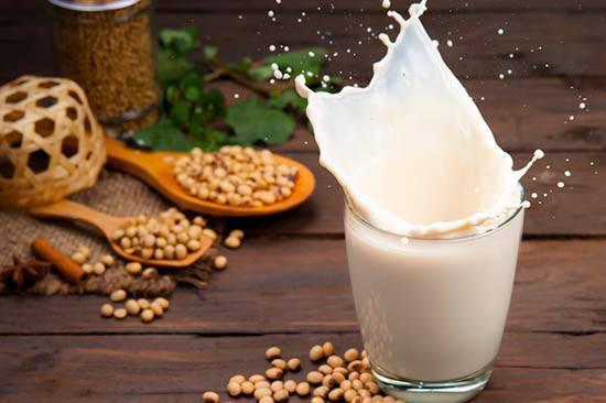 Những đại kỵ khi uống sữa đậu nành không phải ai cũng biết-1