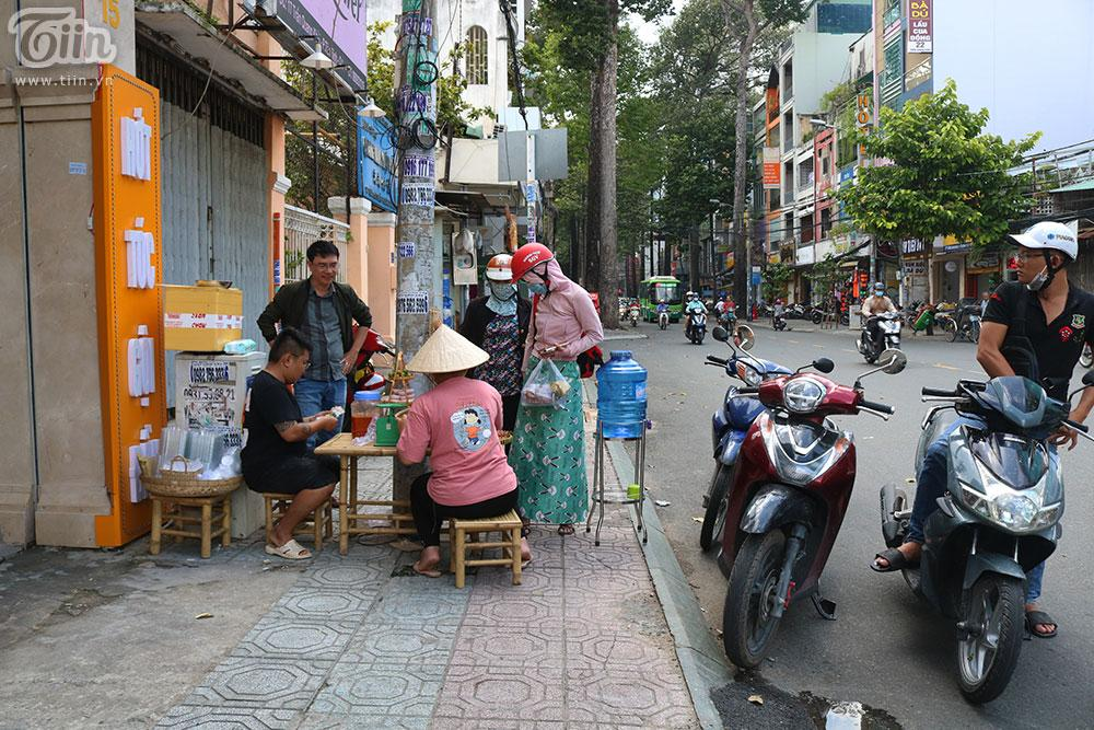 Mâm cua đồng miền Tây có gì mà bao người Sài Gòn chen chân thưởng thức?-8