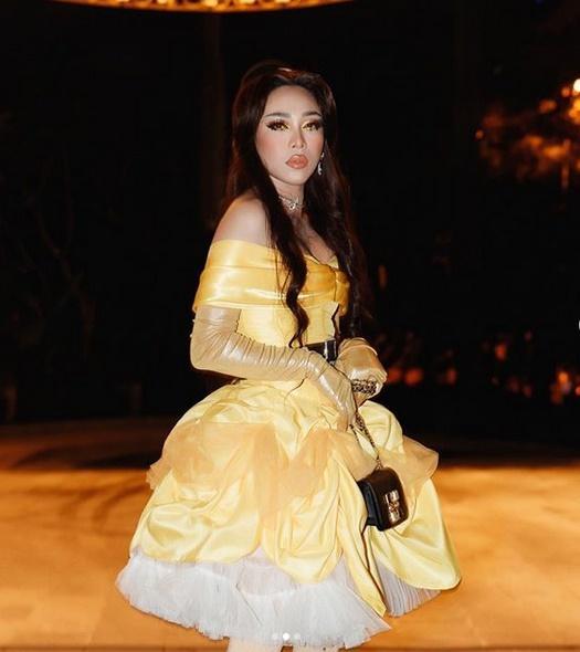 Nhóm bạn Chi Pu, Kỳ Duyên chiếm spotlight Halloween: Hoàng Ku chơi lớn mặc váy hóa công chúa-5