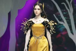 Hương Giang 'nhanh như chớp': Chỉ một đêm mà đến tận nhà xử lý antifan và còn đi diễn show thời trang?