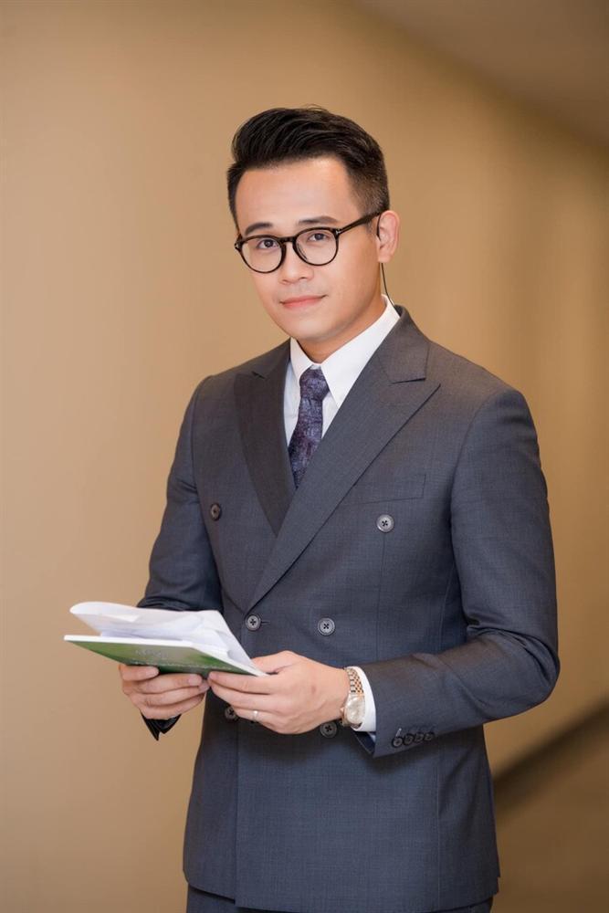 Hương Giang xử antifan, MC Đức Bảo của VTV có chia sẻ gây chú ý-6