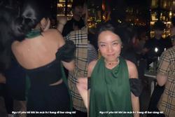 Ăn mặc sexy đi bar quẩy Halloween, Hà Trúc ngậm ngùi bị Quang Đạt... trùm kín