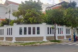 Kẻ lạ mặt tấn công nguyên Bí thư Thành ủy Nha Trang tại nhà
