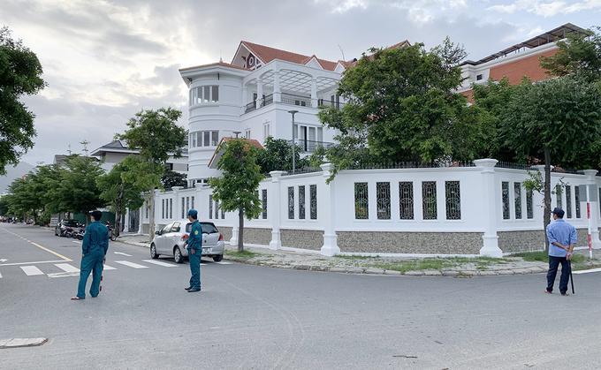 Nguyên Bí thư Thành ủy Nha Trang bị tấn công: Trích xuất camera hé lộ kẻ lạ mặt-1
