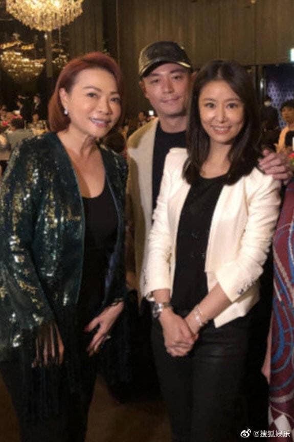 Bị đồn ly hôn, Lâm Tâm Như - Hoắc Kiến Hoa uống rượu giao bôi dằn mặt-1