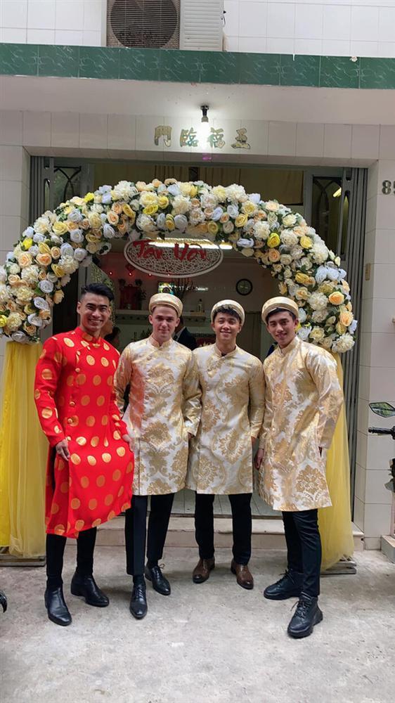 Phát sốt dàn phù rể đẹp như tài tử trong đám cưới soái ca Người Ấy Là Ai-1