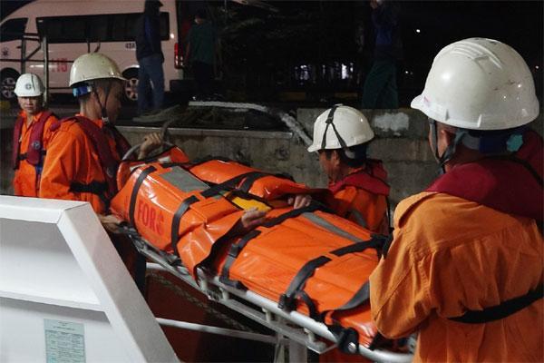 Tàu hàng bị chìm, 7 người thoát chết, thuyền trưởng mất tích-1