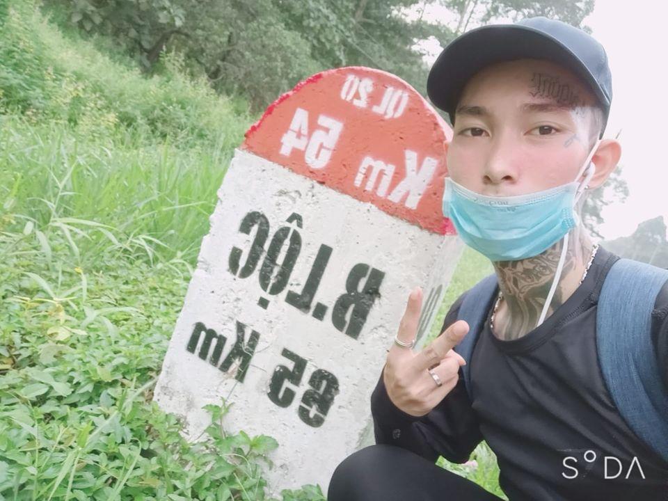 Chàng trai 9X đi bộ hơn 300km từ Sài Gòn đến Đà Lạt: May mắn 100% đều ủng hộ-3