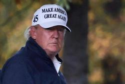 Ông Trump cau có quay lại Nhà Trắng sau khi bị tuyên bố thua cuộc