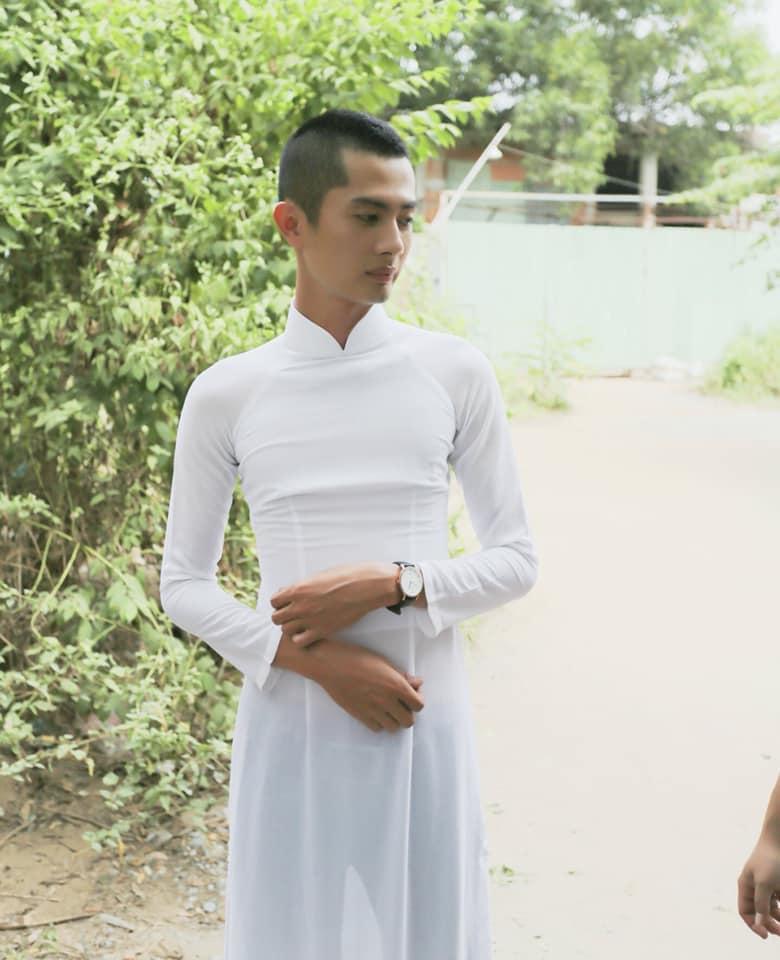 Tiến Luật để lộ body đáng báo động của Huỳnh Phương-2