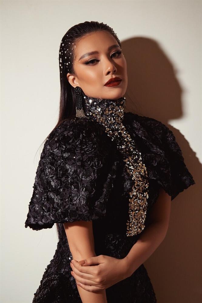 Á hậu Kim Duyên lộ thân hình phát tướng chóng mặt-1