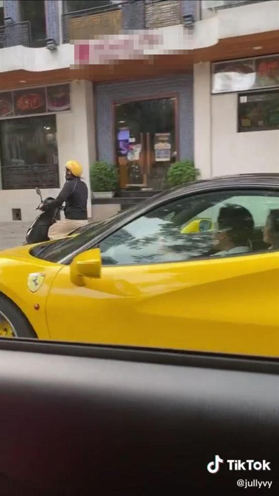 Lộ clip thiếu gia Phan Thành chở gái lạ trên xe, dân mạng đồng loạt réo tên Midu-2