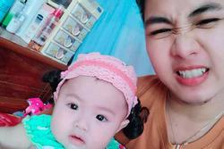 Hé lộ ảnh chăm con của người đàn ông Việt Nam đầu tiên mang bầu trước khi chia tay vợ