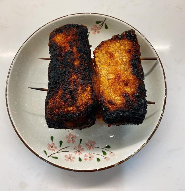 Duy Khánh tự nhận là thành viên ưu tú của hội Ghét bếp, rán phồng tôm cháy đen như bánh xe-6