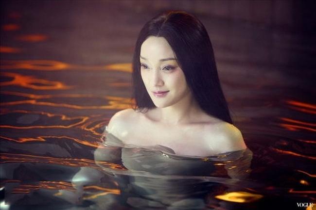 Minh tinh hạng A dùng thế thân đóng cảnh nóng: Lưu Diệc Phi gây tranh cãi nhất!-16