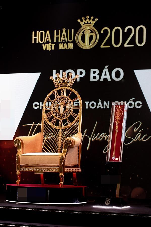 Cận cảnh vương miện Hoa hậu Việt Nam 2020, giải thưởng đăng quang chỉ còn 350 triệu đồng-2