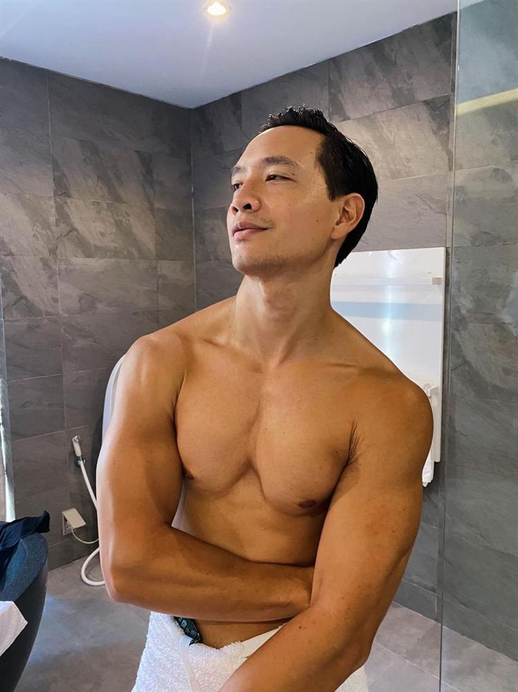 Hồ Ngọc Hà chăm đăng ảnh giường chiếu khoe cơ bắp cuồn cuộn của Kim Lý-2