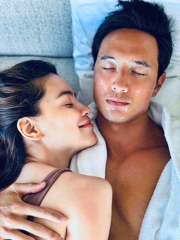 Hồ Ngọc Hà chăm đăng ảnh giường chiếu khoe cơ bắp cuồn cuộn của Kim Lý-4