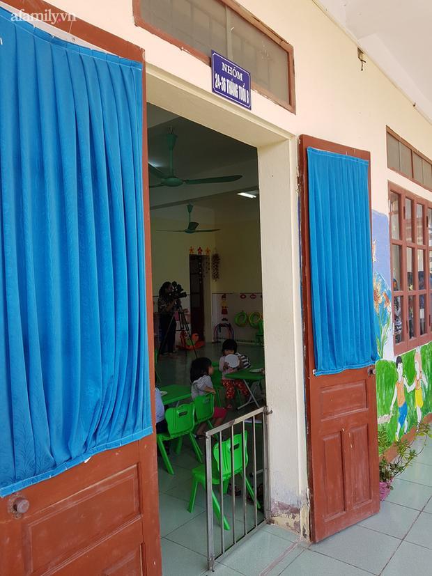 Bé mẫu giáo bị bạo hành trong nhà vệ sinh: Bị cô giáo dọa bắt uống nước bồn cầu-3