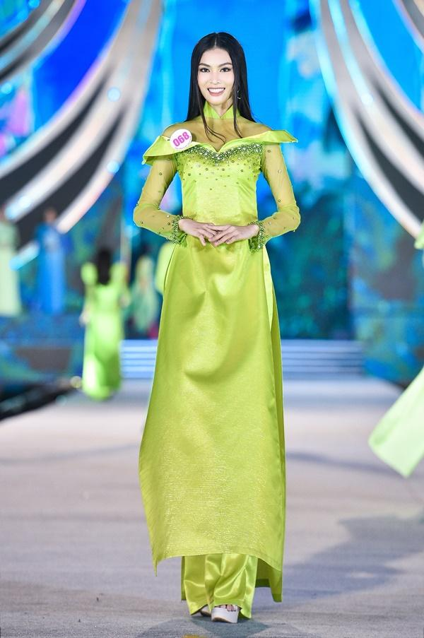 Cận cảnh top thí sinh vừa đẹp vừa tài nhất Hoa Hậu Việt Nam 2020-12