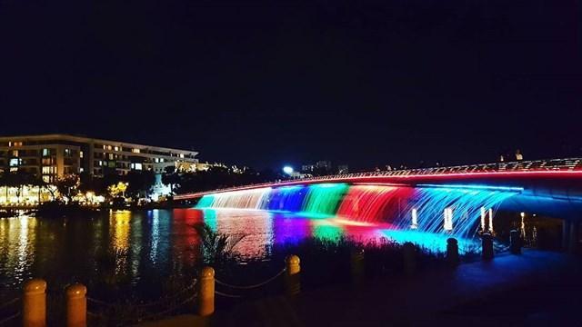 Có ngay 7749 kiểu ảnh sống ảo tại những cây cầu nổi tiếng nhất Sài Gòn-5