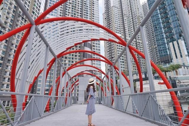 Có ngay 7749 kiểu ảnh sống ảo tại những cây cầu nổi tiếng nhất Sài Gòn-11