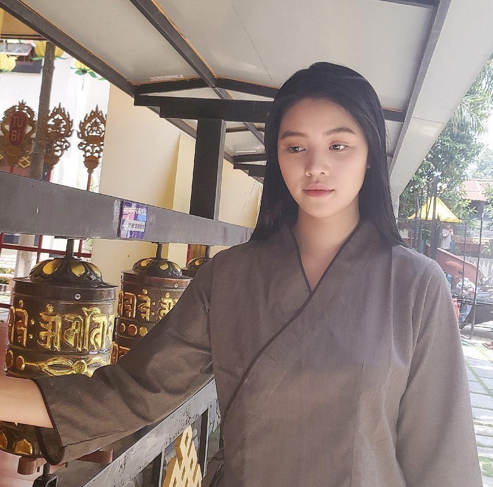 Hoa hậu người Việt tại Úc Jolie Nguyễn tái xuất sau 4 tháng ở ẩn-5