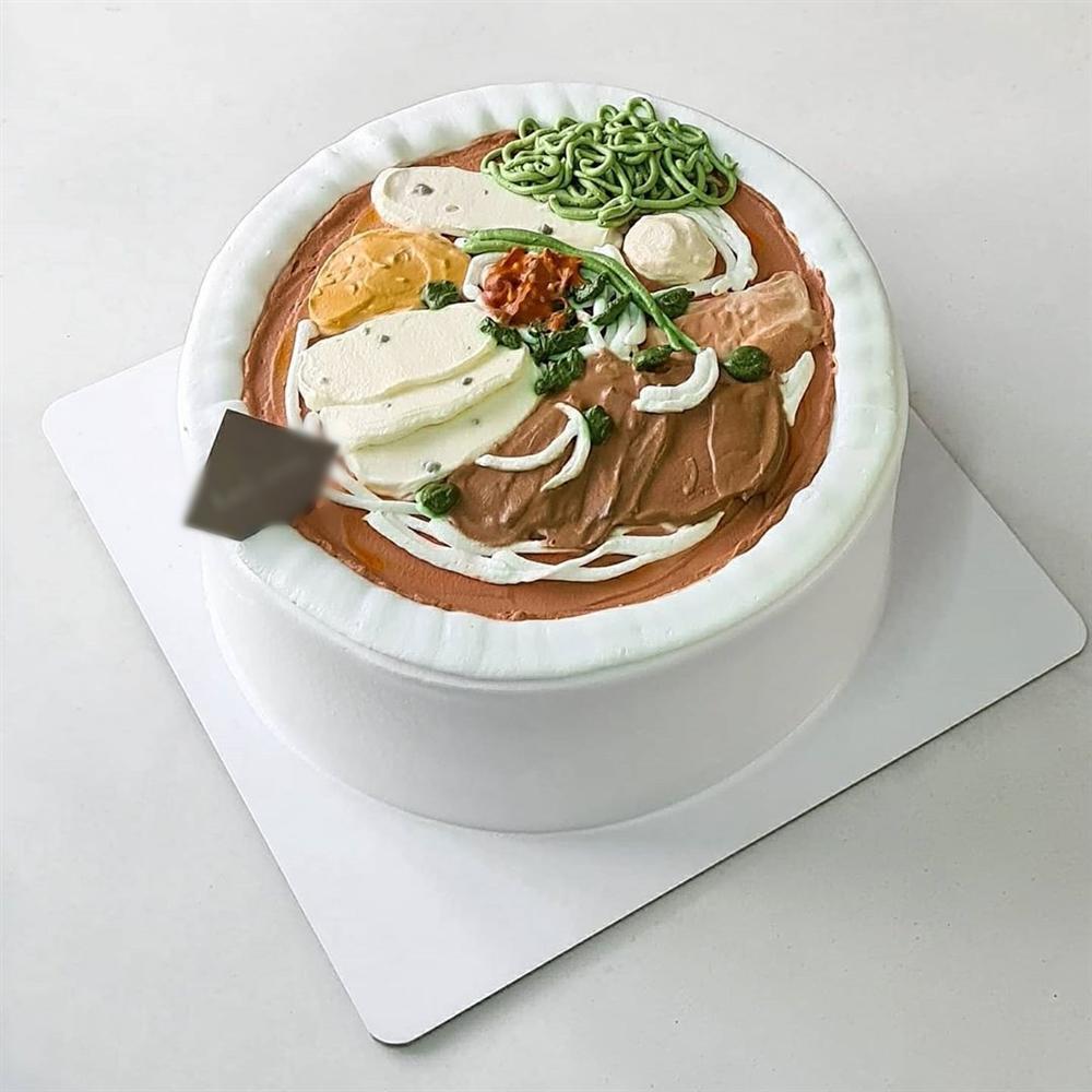 Đã mắt ngắm bánh kem độc lạ khoe đặc sản Việt Nam, từ bún đậu đến phở đều có đủ-6
