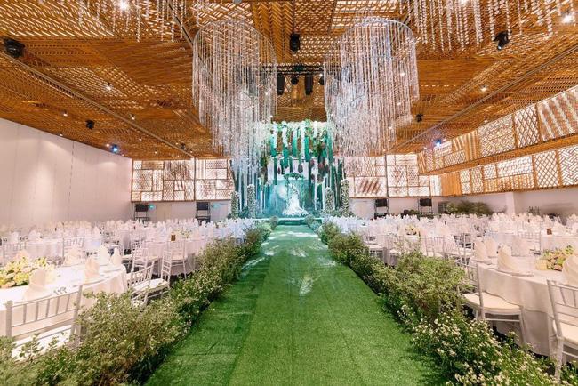 Không gian tiệc cưới siêu đắt đỏ của Công Phượng và con gái giám đốc ngân hàng-3