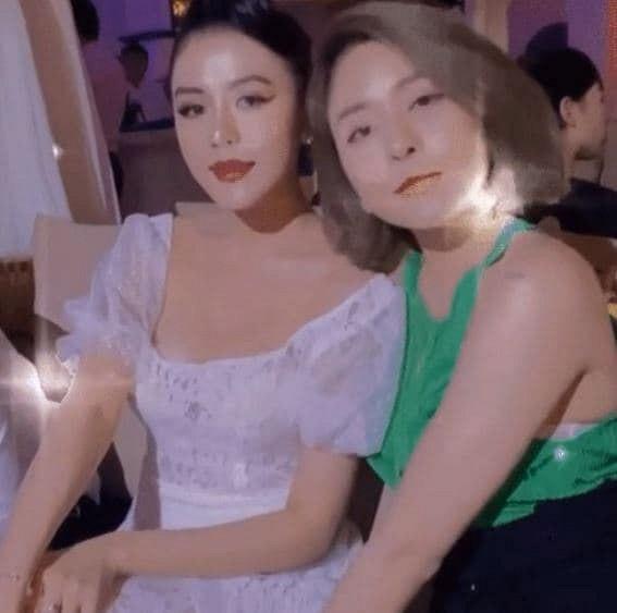 Hậu tậu xế hộp siêu sang, Trâm Anh đăng ảnh thân thiết với bạn thân cũ của Huỳnh Anh-1