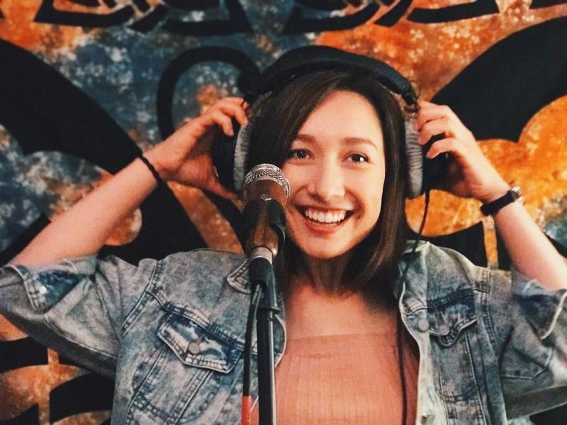 Anna Trương - con gái diva Mỹ Linh đính hôn với bạn trai nhạc công-9