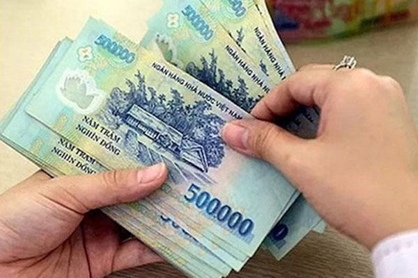 Giấu tiền của chồng rồi hoang báo trộm, vợ bị phạt 750.000 đồng-1
