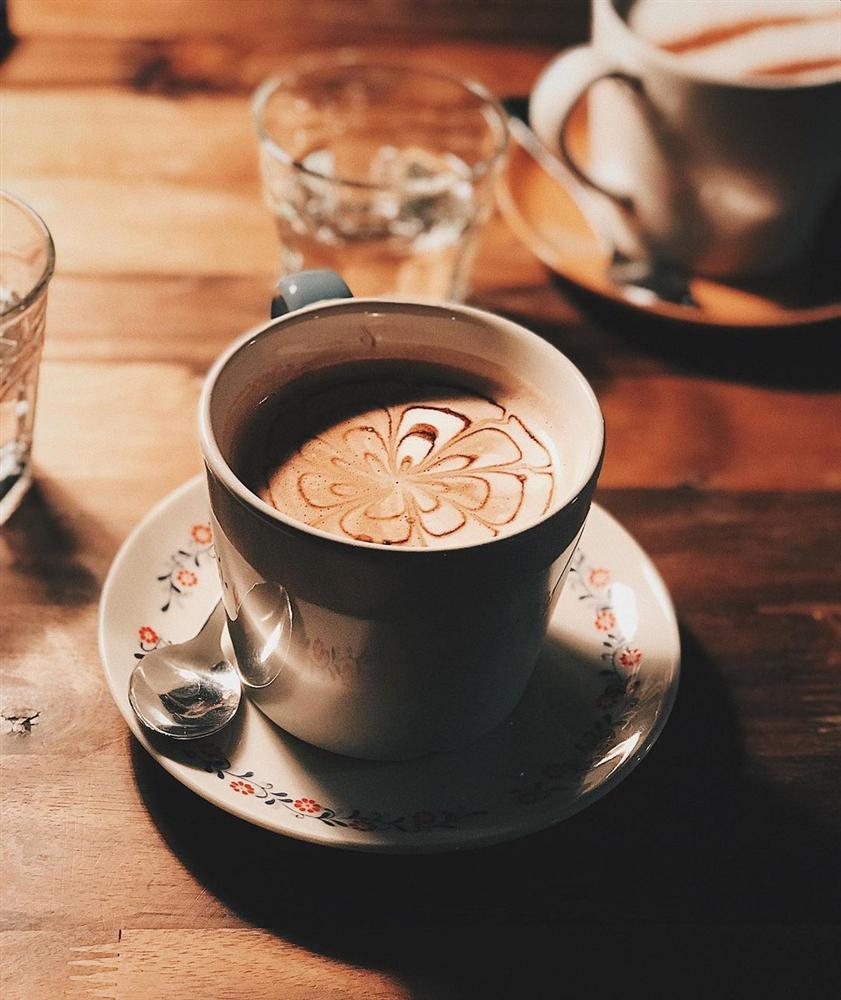 Những quán cafe có món socola nóng ngon trứ danh ở Hà Nội, khó tìm ở nơi khác-17
