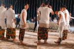 Dàn cầu thủ mặc quần hoa lá cành chơi game cực vui trong đám cưới Công Phượng