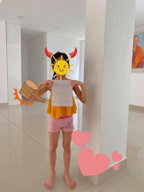 Con gái 7 tuổi của Thủy Tiên lớn phổng phao gây ngỡ ngàng-2