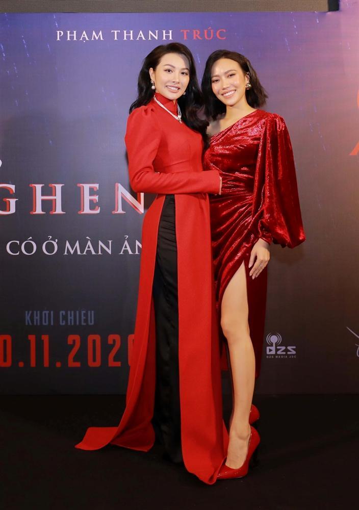 Ngọc Trinh và Ngọc Lan nổi bật giữa dàn khách mời đỏ đen vì mặc sai dresscode-8