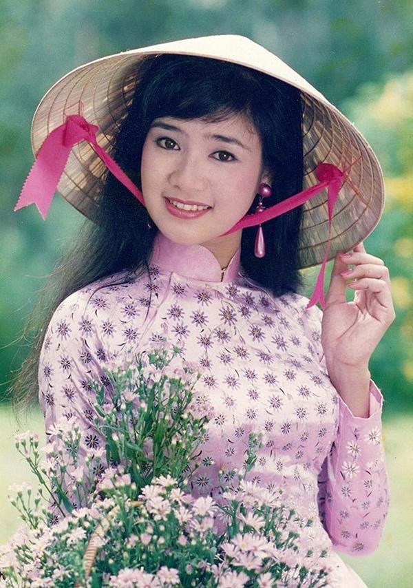 Nhan sắc trẻ mãi không già của người đẹp vào vai mẹ Hồng Diễm và Quỳnh Kool-5